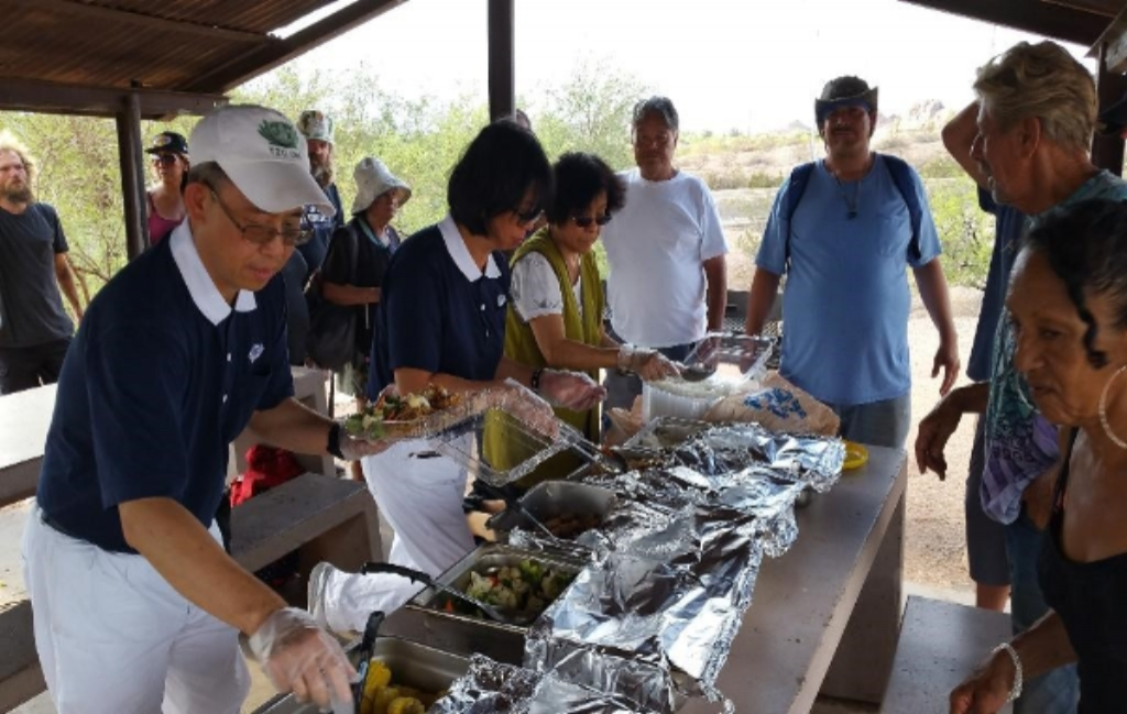15 Years Of Free Hot Meals For The Hungry And Homeless Tzu Chi Singapore