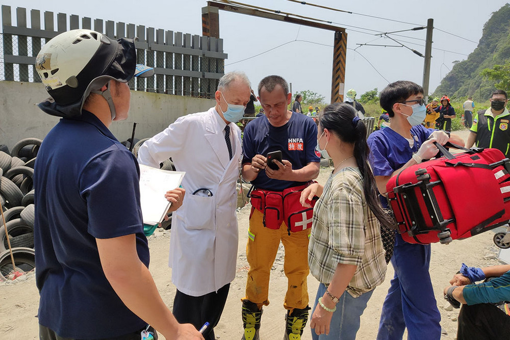 Tzu Chi Mobilised for the Severe Rail Crash Accident in Hualien