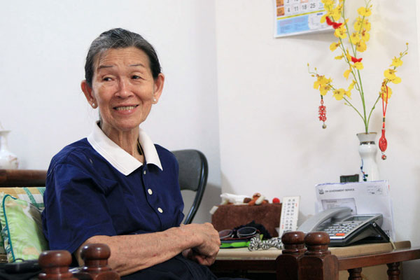 An Elderly Volunteer Spends her Golden Years Meaningfully